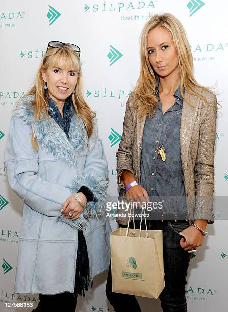 Julia Verdin and Victoria Hervey attend Silpada at Kari Feinstein's Academy Awards Style Lounge at Montage Beverly Hills on February 25 2011 in...