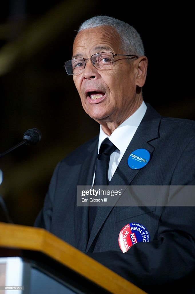 <a gi-track='captionPersonalityLinkClicked' href=/galleries/search?phrase=Julian+Bond&family=editorial&specificpeople=221657 ng-click='$event.stopPropagation()'>Julian Bond</a> speaks at The 2013 Peace Ball: Voices of Hope And Resistance at Arena Stage on January 20, 2013 in Washington, DC.