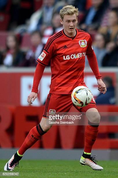 Julian Brandt of Leverkusen controls the ball during the Bundesliga match between 1 FC Koeln and Bayer Leverkusen at RheinEnergieStadion on April 10...