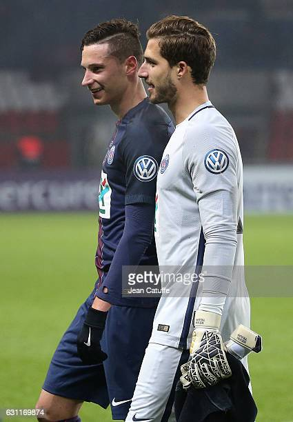Julian Draxler and countryman goalkeeper of PSG Kevin Trapp of PSG celebrate the victory following the French Cup match between Paris SaintGermain...