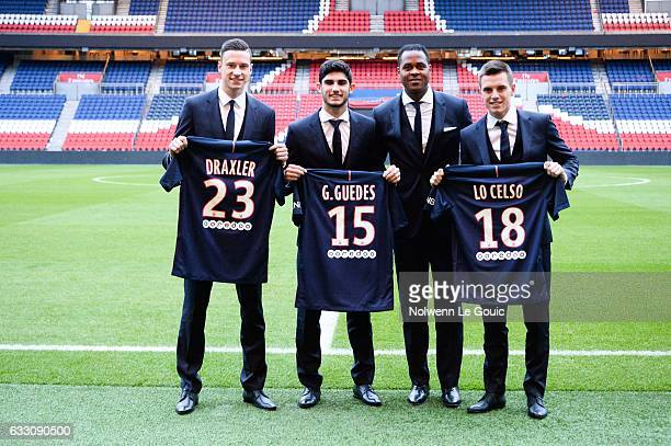 Julian Draxler Goncalo Guedes PSG director of football Patrick Kluivert Giovani Lo Celso New signing players of PSG during press conference on...