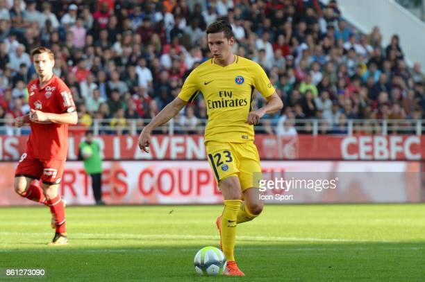 Julian Draxler of PSG during the Ligue 1 match between Dijon FCO and Paris Saint Germain at Stade Gaston Gerard on October 14 2017 in Dijon