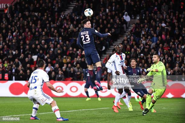 Julian Draxler of PSG misses his chance during the French Ligue 1 match between Paris Saint Germain and Lyon at Parc des Princes on March 19 2017 in...