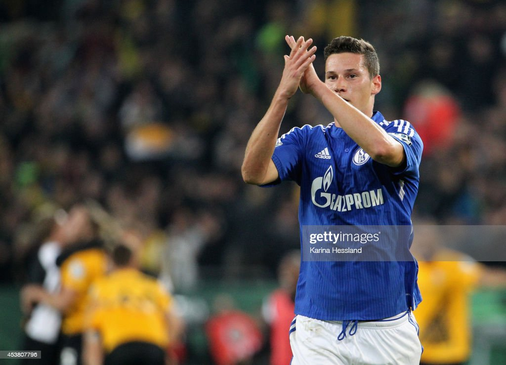 <a gi-track='captionPersonalityLinkClicked' href=/galleries/search?phrase=Julian+Draxler&family=editorial&specificpeople=7184479 ng-click='$event.stopPropagation()'>Julian Draxler</a> of Schalke 04 looks dejected after the DFB Cup between SG Dynamo Dresden and FC Schalke 04 at Gluecksgas-Stadion on August 18, 2014 in Dresden, Germany.