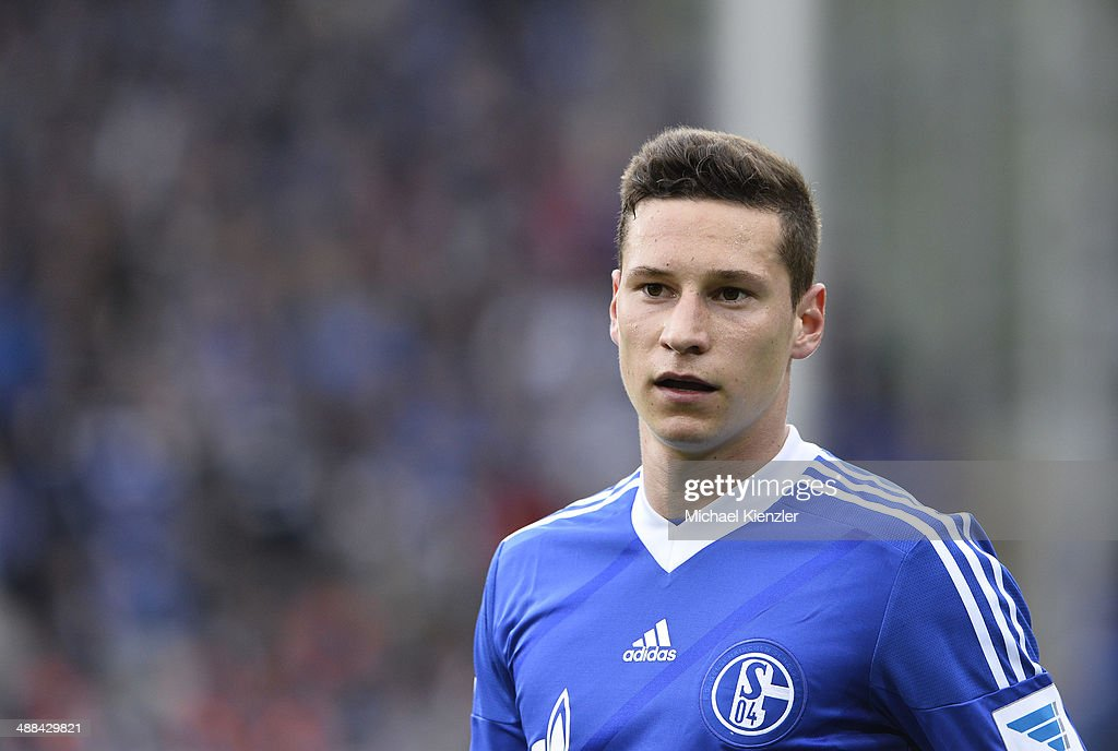 <a gi-track='captionPersonalityLinkClicked' href=/galleries/search?phrase=Julian+Draxler&family=editorial&specificpeople=7184479 ng-click='$event.stopPropagation()'>Julian Draxler</a> of Schalke 04 reacts during the Bundesliga match between SC Freiburg and FC Schalke 04 at Mage Solar Stadium on May 03, 2014 in Freiburg, Germany.