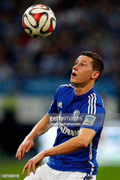 Julian Draxler of Schalke in action during the Bundesliga match between FC Schalke 04 and Hertha BSC held at Veltins Arena on October 18 2014 in...