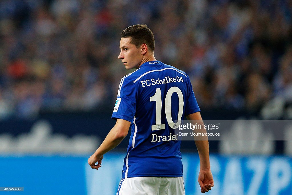 <a gi-track='captionPersonalityLinkClicked' href=/galleries/search?phrase=Julian+Draxler&family=editorial&specificpeople=7184479 ng-click='$event.stopPropagation()'>Julian Draxler</a> of Schalke in action during the Bundesliga match between FC Schalke 04 and Hertha BSC held at Veltins Arena on October 18, 2014 in Gelsenkirchen, Germany.