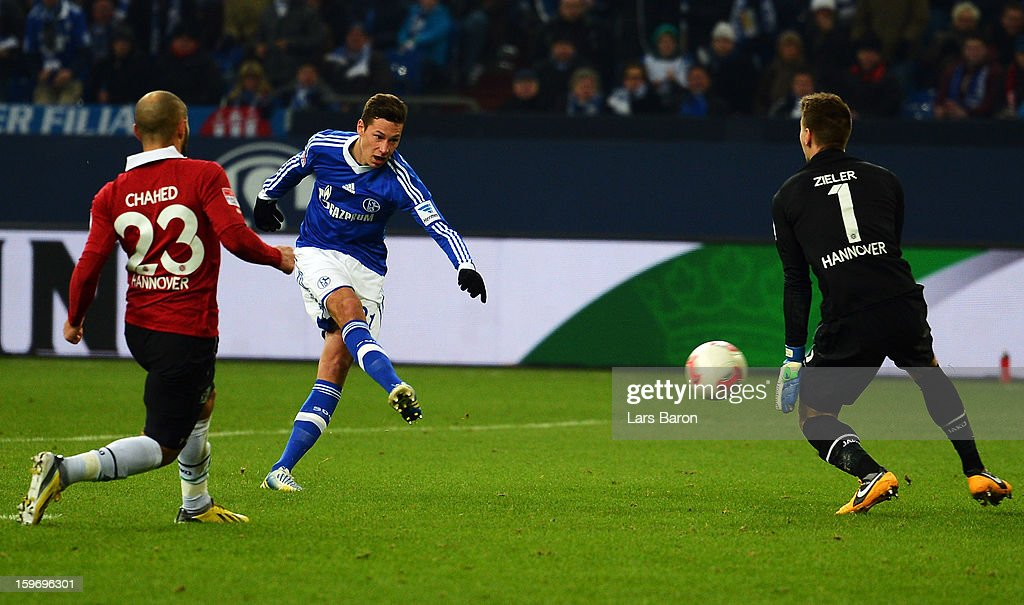 <a gi-track='captionPersonalityLinkClicked' href=/galleries/search?phrase=Julian+Draxler&family=editorial&specificpeople=7184479 ng-click='$event.stopPropagation()'>Julian Draxler</a> of Schalke scores his teams second goal during the Bundesliga match between FC Schalke 04 and Hannover 96 at Veltins-Arena on January 18, 2013 in Gelsenkirchen, Germany.
