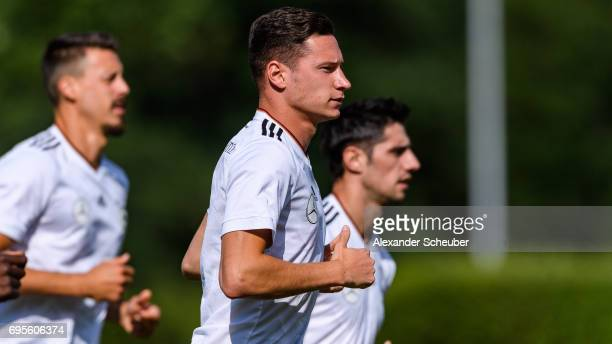 Julian Draxler warms up during a training session on June 13 2017 in Kelsterbach Germany