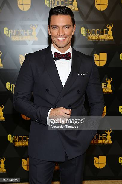 Julian Gil attends Premios Univision Deportes 2015 at Univision Studios on December 20 2015 in Miami Florida
