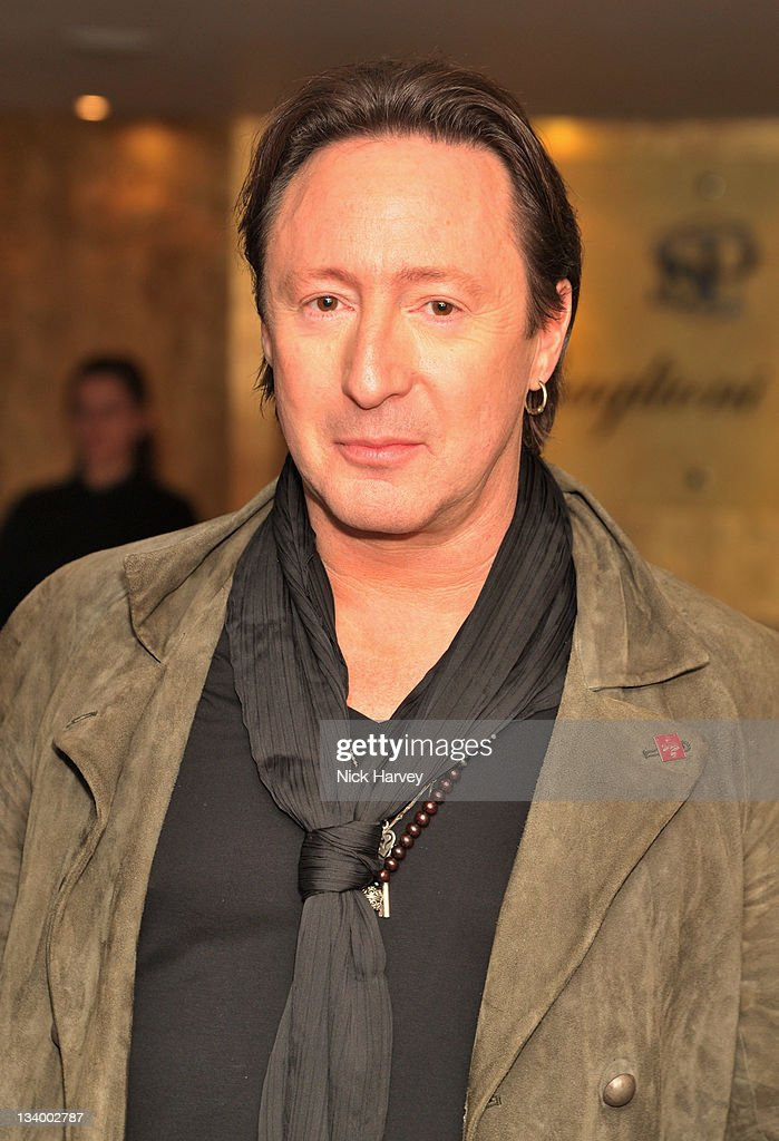 <a gi-track='captionPersonalityLinkClicked' href=/galleries/search?phrase=Julian+Lennon&family=editorial&specificpeople=211480 ng-click='$event.stopPropagation()'>Julian Lennon</a> arrives at The Prince's Trust Rock Gala 2011 After Party at Baglioni Hotel on November 23, 2011 in London, England.