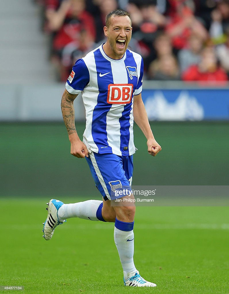 <a gi-track='captionPersonalityLinkClicked' href=/galleries/search?phrase=Julian+Schieber&family=editorial&specificpeople=4272399 ng-click='$event.stopPropagation()'>Julian Schieber</a> of Hertha BSC celebrates after scoring a goal during the Bundesliga match between Bayer 04 Leverkusen and Hertha BSC on August 30, 2014 in Leverkusen, Germany.