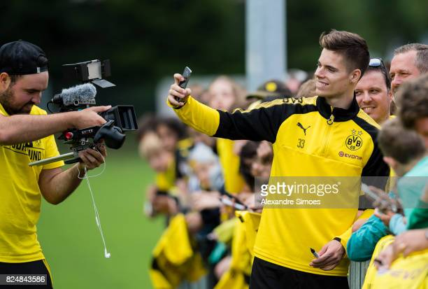 Julian Weigl of Borussia Dortmund together with the fans after a training session as part of the training camp on July 31 2017 in Bad Ragaz...