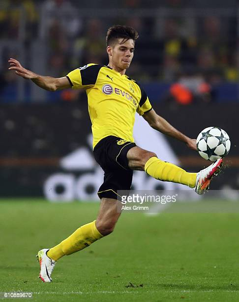 Julian Weigl of Dortmund controles the ball during the UEFA Champions League Group F match between Borussia Dortmund and Real Madrid CF at Signal...