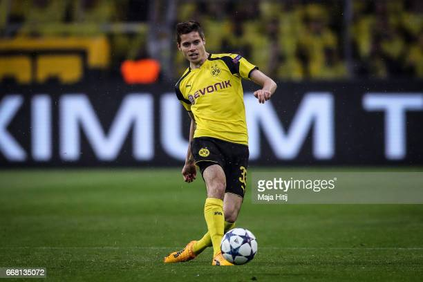 Julian Weigl of Dortmund controls the ball during the UEFA Champions League Quarter Final first leg match between Borussia Dortmund and AS Monaco at...