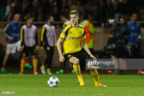 Julian Weigl of Dortmund controls the ball during the UEFA Champions League quarter final second leg match between AS Monaco and Borussia Dortmund of...