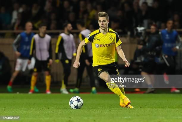 Julian Weigl of Dortmund controls the ball during the UEFA Champions League quarter final second leg match between AS Monaco and Borussia Dortmund of...