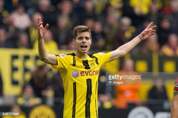 Julian Weigl of Dortmund gestures schreit during the Bundesliga match between Borussia Dortmund and Bayer 04 Leverkusen at Signal Iduna Park on March...