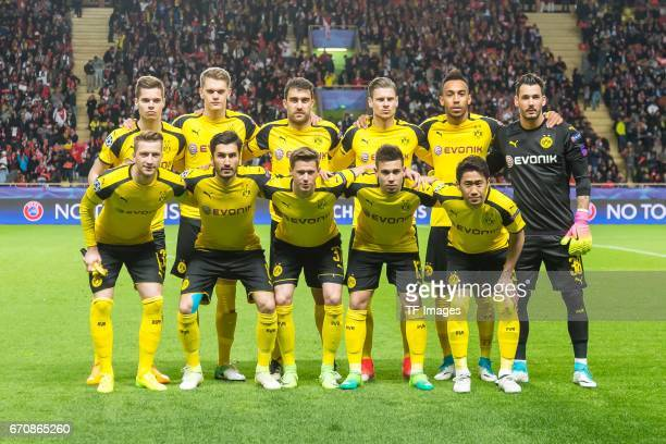 Julian Weigl of Dortmund Matthias Ginter of Dortmund Sokratis of Dortmund Lukasz Piszczek of Dortmund PierreEmerick Aubameyang of Dortmund Goalkeeper...