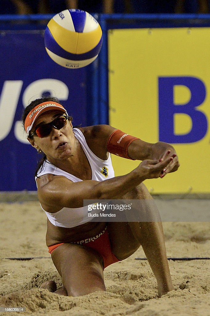 Juliana in action during a beach volleyball match as part of the 6th stage of the season 2012/2013 Circuit Bank of Brazil at Copacabana Beach on December 08, 2012 in Rio de Janeiro, Brazil.