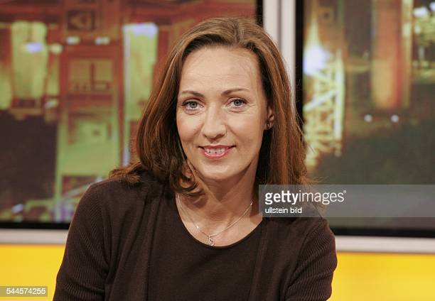 Morgenmagazin stock photos and pictures getty images for Andrea hielscher