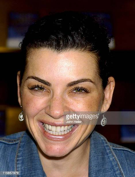 Julianna Margulies during Julianna Margulies Book Signing June 13 2004 at Barnes and Noble Santa Monica in Santa Monica California United States