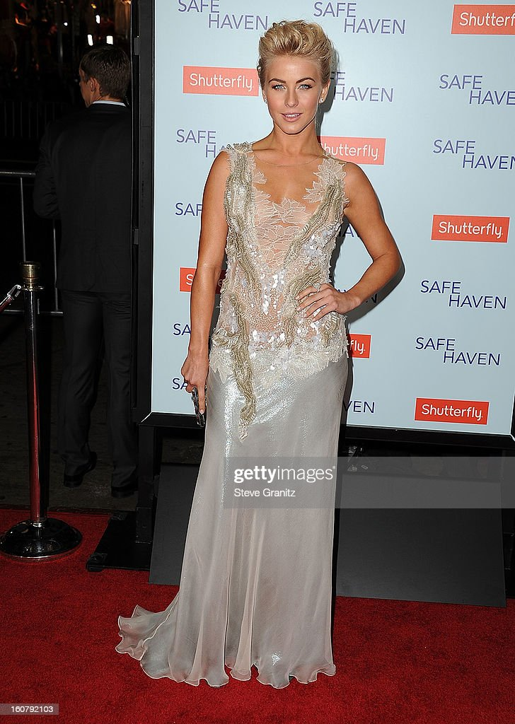 Julianne Hough arrives at the 'Safe Haven' - Los Angeles Premiere at TCL Chinese Theatre on February 5, 2013 in Hollywood, California.