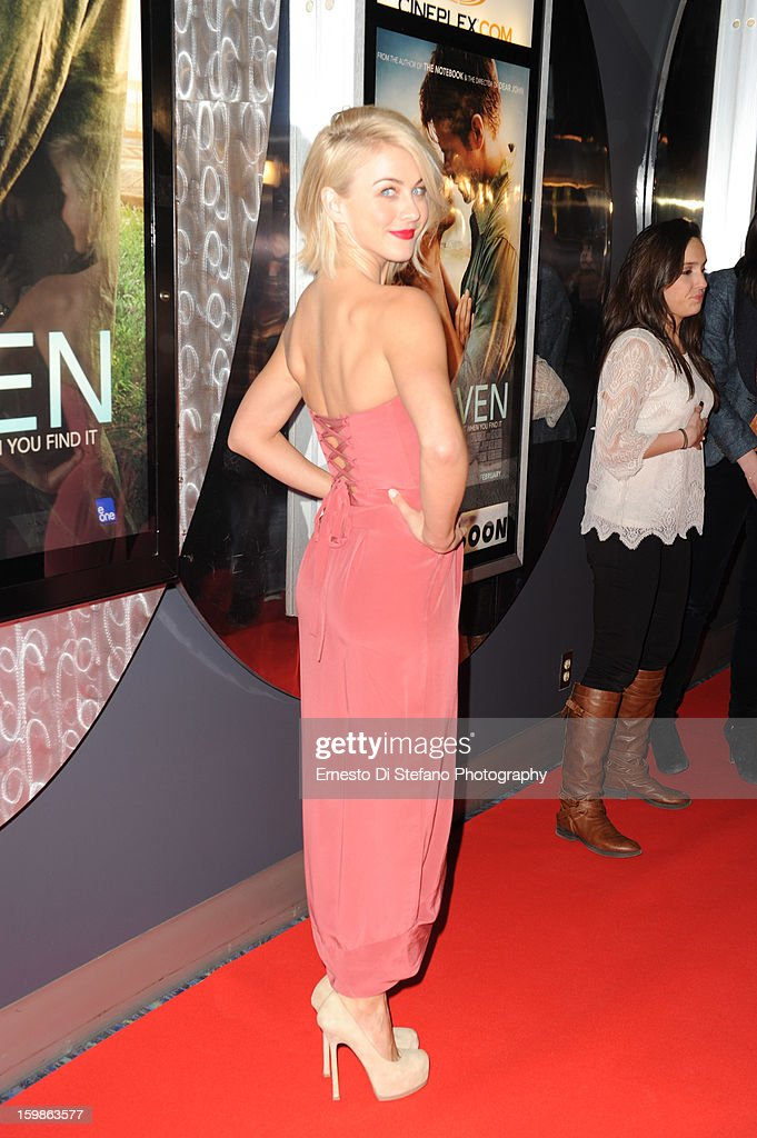 <a gi-track='captionPersonalityLinkClicked' href=/galleries/search?phrase=Julianne+Hough&family=editorial&specificpeople=4237560 ng-click='$event.stopPropagation()'>Julianne Hough</a> attends 'Safe Haven' Canadian premiere at Scotiabank theatre on January 21, 2013 in Toronto, Canada.