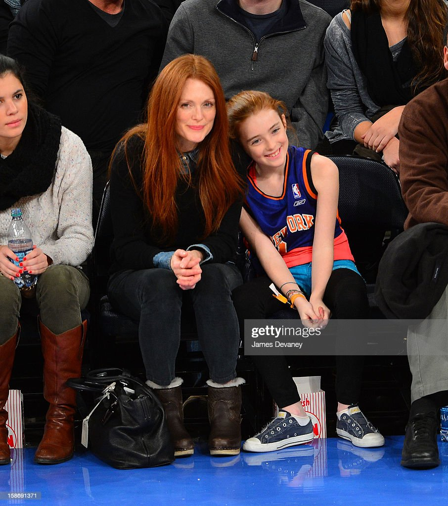 <a gi-track='captionPersonalityLinkClicked' href=/galleries/search?phrase=Julianne+Moore&family=editorial&specificpeople=171555 ng-click='$event.stopPropagation()'>Julianne Moore</a> and Liv Helen Freundlich attend the Minnesota Timberwolves vs New York Knicks game at Madison Square Garden on December 23, 2012 in New York City.