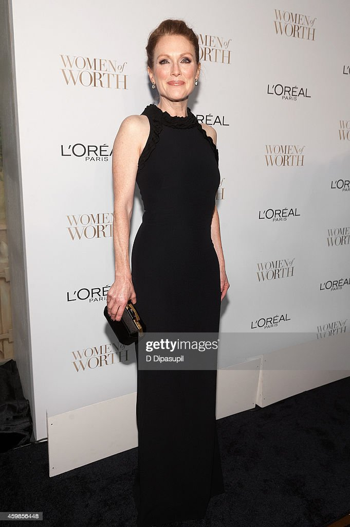 Julianne Moore attends L'Oreal Paris' Ninth Annual Women of Worth Awards at The Pierre Hotel on December 2 2014 in New York City