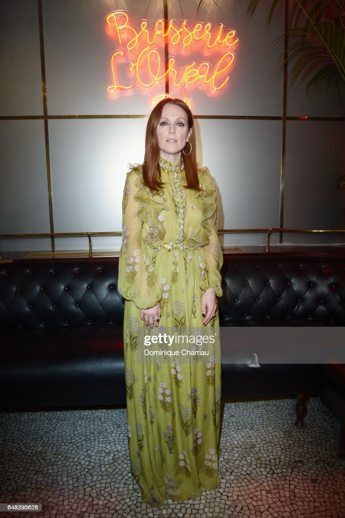 """L'Oreal  Paris Dinner Hosted By Julianne Moore"" - Paris Fashion Week Womenswear Fall/Winter 2017/2018"