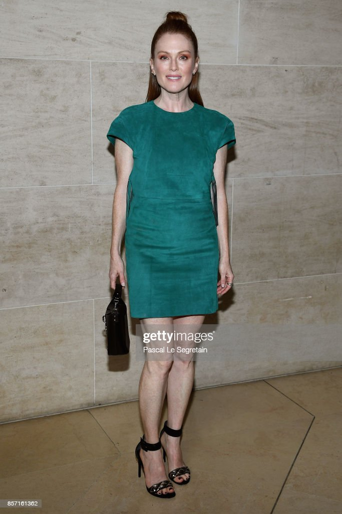 Julianne Moore attends the Louis Vuitton show as part of the Paris Fashion Week Womenswear Spring/Summer 2018 on October 3, 2017 in Paris, France.