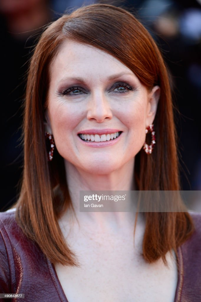 <a gi-track='captionPersonalityLinkClicked' href=/galleries/search?phrase=Julianne+Moore&family=editorial&specificpeople=171555 ng-click='$event.stopPropagation()'>Julianne Moore</a> attends the 'Mr Turner' premiere during the 67th Annual Cannes Film Festival on May 15, 2014 in Cannes, France.
