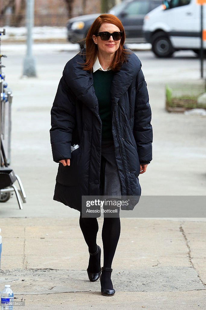 <a gi-track='captionPersonalityLinkClicked' href=/galleries/search?phrase=Julianne+Moore&family=editorial&specificpeople=171555 ng-click='$event.stopPropagation()'>Julianne Moore</a> is seen on film set of 'Still Alice' on March 5, 2014 in New York City.