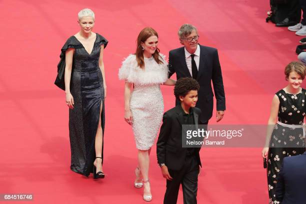 Julianne Moore Michelle Williams director Todd Haynes Jaden Michael and Millicent Simmonds attend the 'Wonderstruck' screening during the 70th annual...