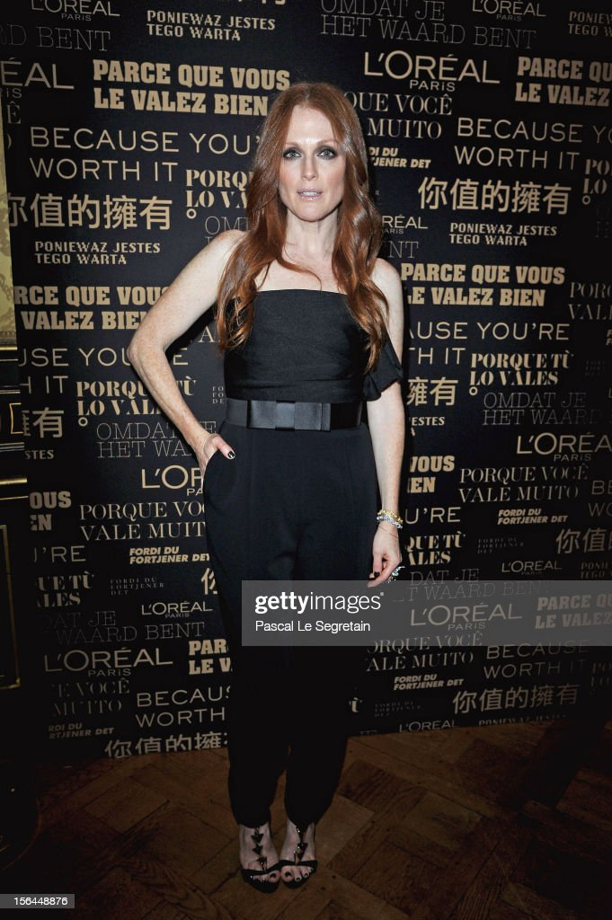 <a gi-track='captionPersonalityLinkClicked' href=/galleries/search?phrase=Julianne+Moore&family=editorial&specificpeople=171555 ng-click='$event.stopPropagation()'>Julianne Moore</a> poses during the l'Oreal new egerie presentation at Hotel D'Evreux on November 15, 2012 in Paris, France.