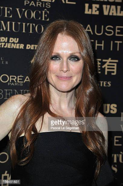 Julianne Moore poses during the l'Oreal new egerie presentation at Hotel D'Evreux on November 15 2012 in Paris France