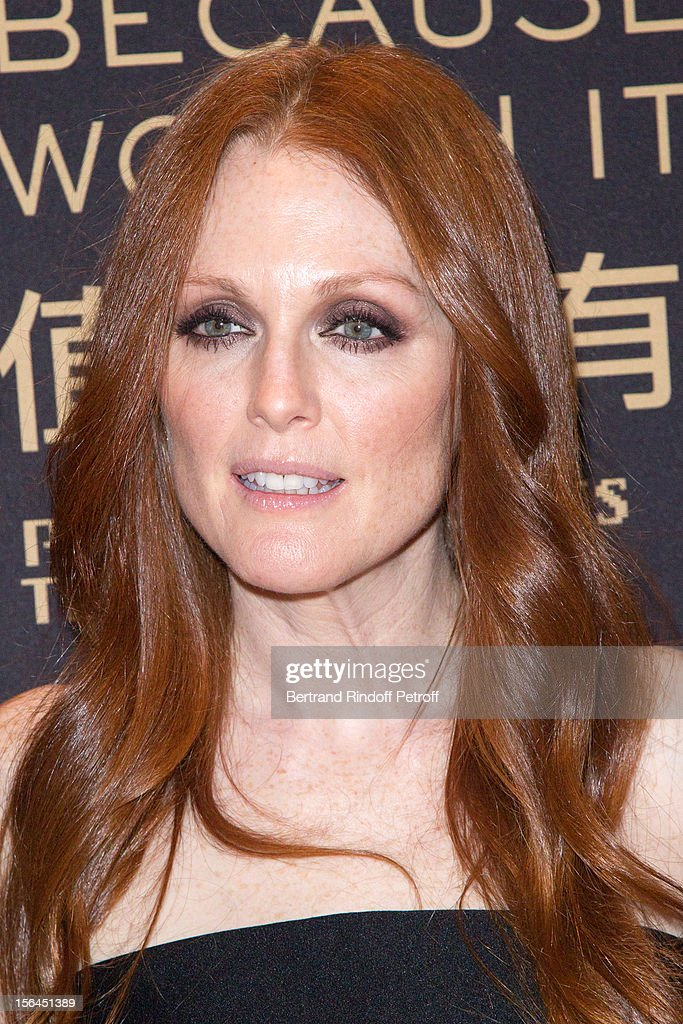 <a gi-track='captionPersonalityLinkClicked' href=/galleries/search?phrase=Julianne+Moore&family=editorial&specificpeople=171555 ng-click='$event.stopPropagation()'>Julianne Moore</a>, the new face of L'Oreal Paris, attends the L'Oreal New Egerie Presentation and Press Conference event at Hotel D'Evreux on November 15, 2012 in Paris, France.