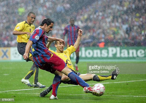 Juliano Belletti of Barcelona scores their second goal during the UEFA Champions League Final between Arsenal and Barcelona at the Stade de France on...