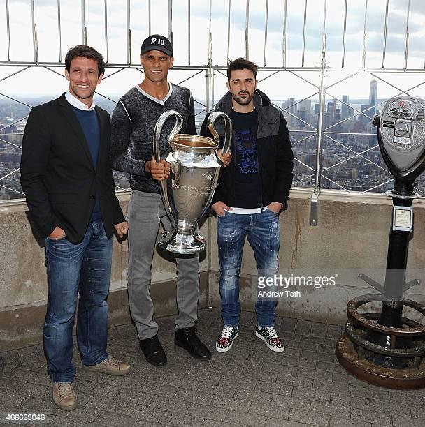 Juliano Belletti Rivaldo Vitor Borba Ferreire and David Villa visit The Empire State Building at The Empire State Building on March 17 2015 in New...