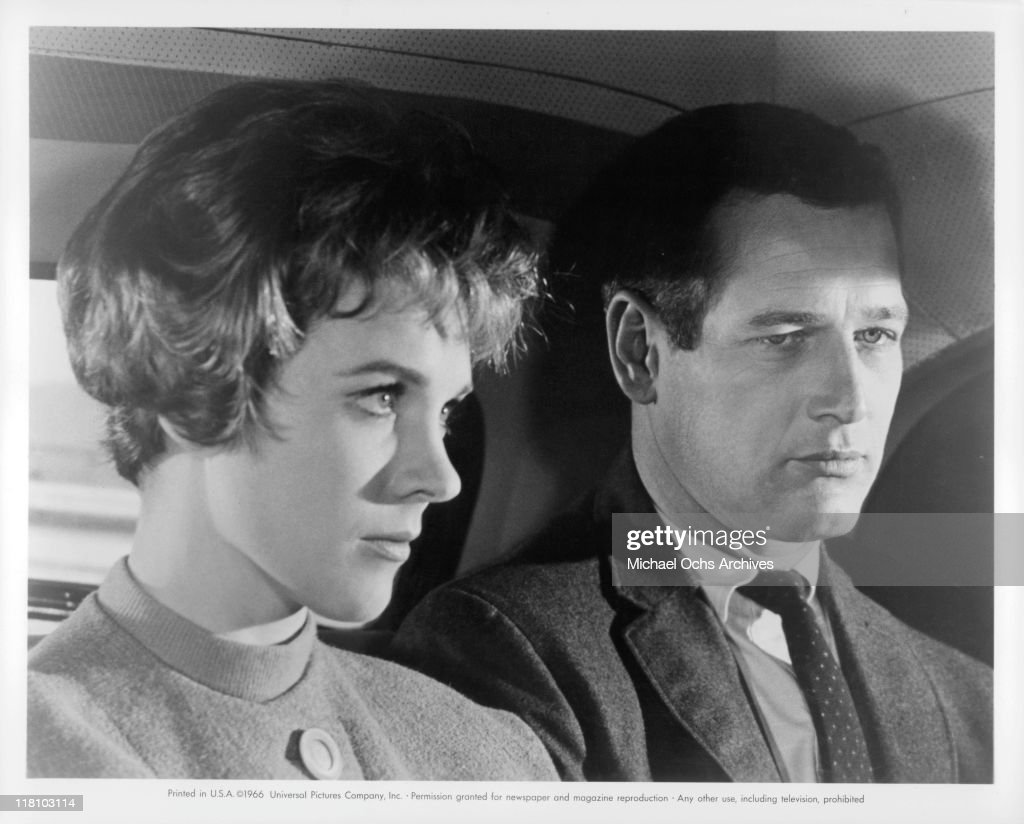 Torn curtain julie andrews - Torn Curtain Julie Andrews Julie Andrews And Paul Newman In Car In A Scene From