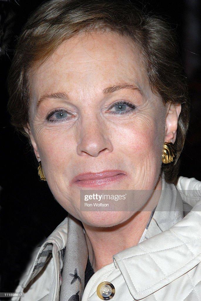 Julie Andrews Nude Photos 35