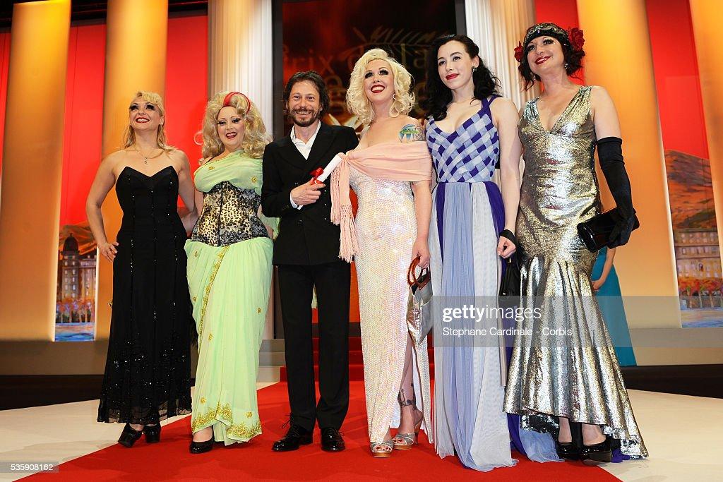 Julie Atlas Muz, Dirty Martini, Mathieu Amalric, Mimi Le Meaux, Evie Lovelle attend the 'Palme d'Or Award Ceremony' of the 63rd Cannes International Film Festival