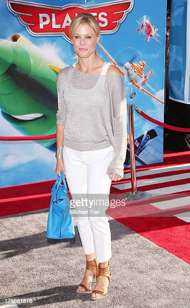 Julie Bowen arrives at the Los Angeles premiere of 'Planes' held at the El Capitan Theatre on August 5 2013 in Hollywood California