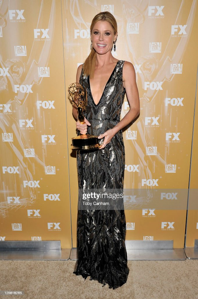 Julie Bowen arrives for the Fox Broadcasting Company, Twentieth Century Fox Television And FX 2011 Emmy after party on September 18, 2011 in West Hollywood, California.