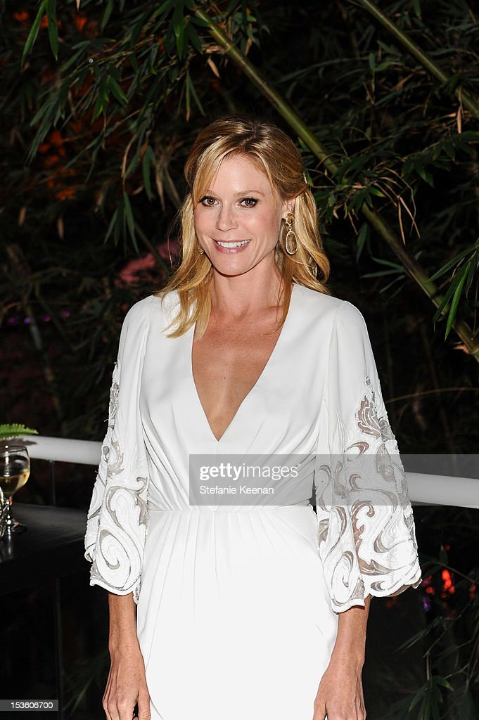 Julie Bowen attends 2012 Hammer Gala at Hammer Museum on October 6, 2012 in Westwood, California.