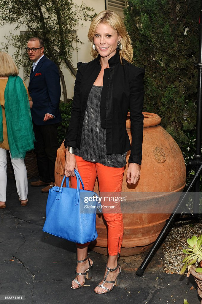 Julie Bowen attends LCDQ La Cienega Design Quarter Legends 2013 Time Capsule Gala at Therien & Co on May 8, 2013 in Los Angeles, California.