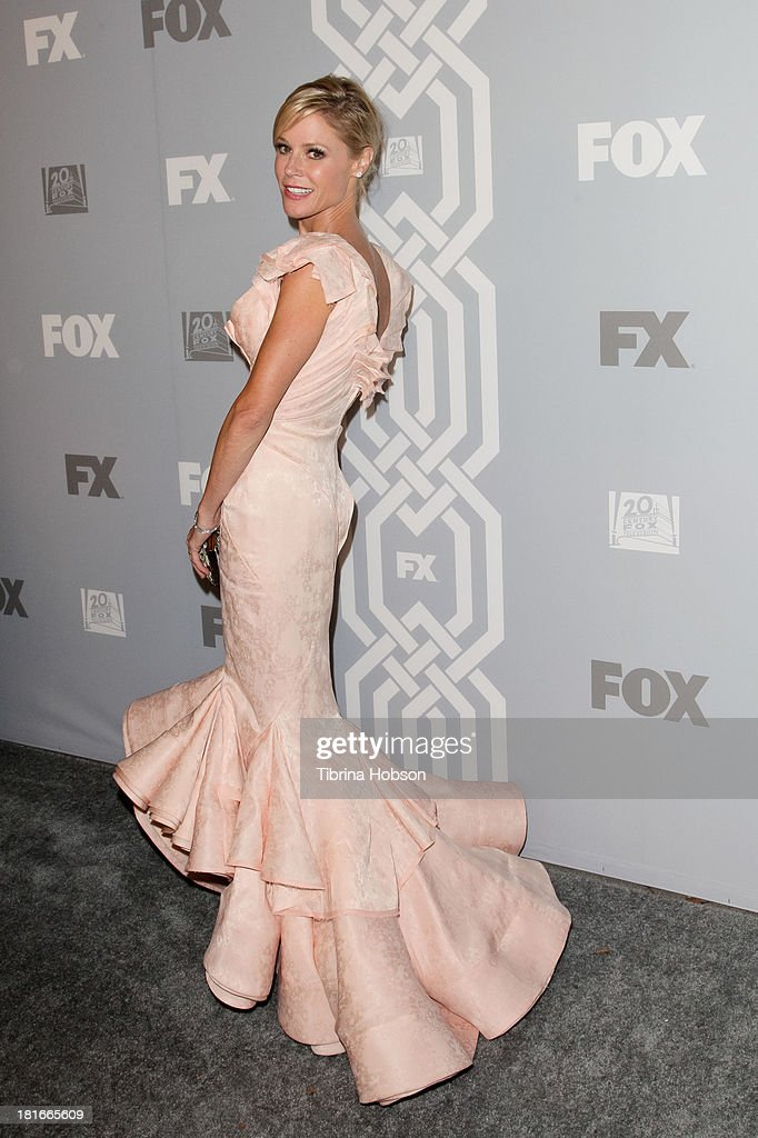 <a gi-track='captionPersonalityLinkClicked' href=/galleries/search?phrase=Julie+Bowen&family=editorial&specificpeople=244057 ng-click='$event.stopPropagation()'>Julie Bowen</a> attends the Twentieth Century FOX Television and FX Emmy Party at Soleto on September 22, 2013 in Los Angeles, California.