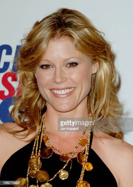 Julie Bowen during 13th Annual Race to Erase MS 'Disco Fever to Erase MS' Arrivals at Hyatt Regency Century Plaza in Century City California United...