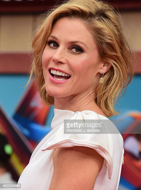 Julie Bowen who voices Dipper poses on arrival for the world premiere of the film 'Planes Fire Rescue' in Hollywood California on July 15 2014 The...